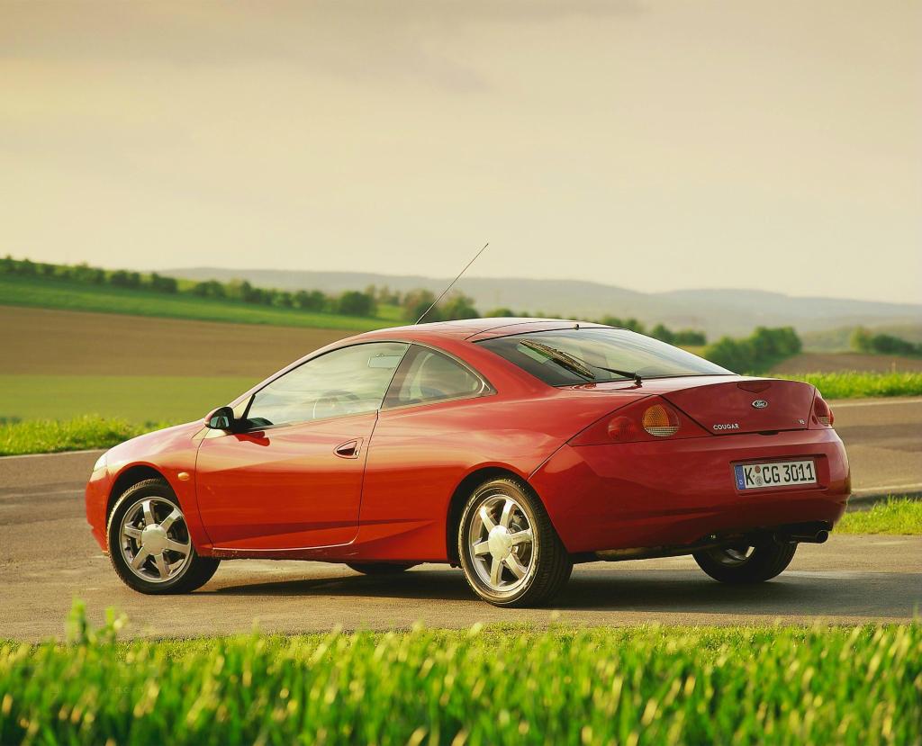 Top 10 masini Coupe care costa in Romania sub 5000 de Euro - Top 10 masini Coupe care costa in Romania sub 5000 de Euro