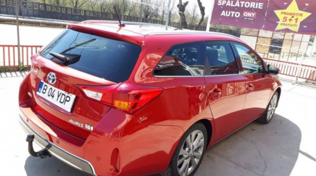Toyota Auris Touring Sports 1.8 Hybrid 2014