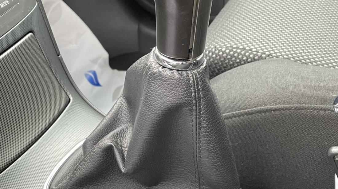 Toyota Avensis 1,8i 2004