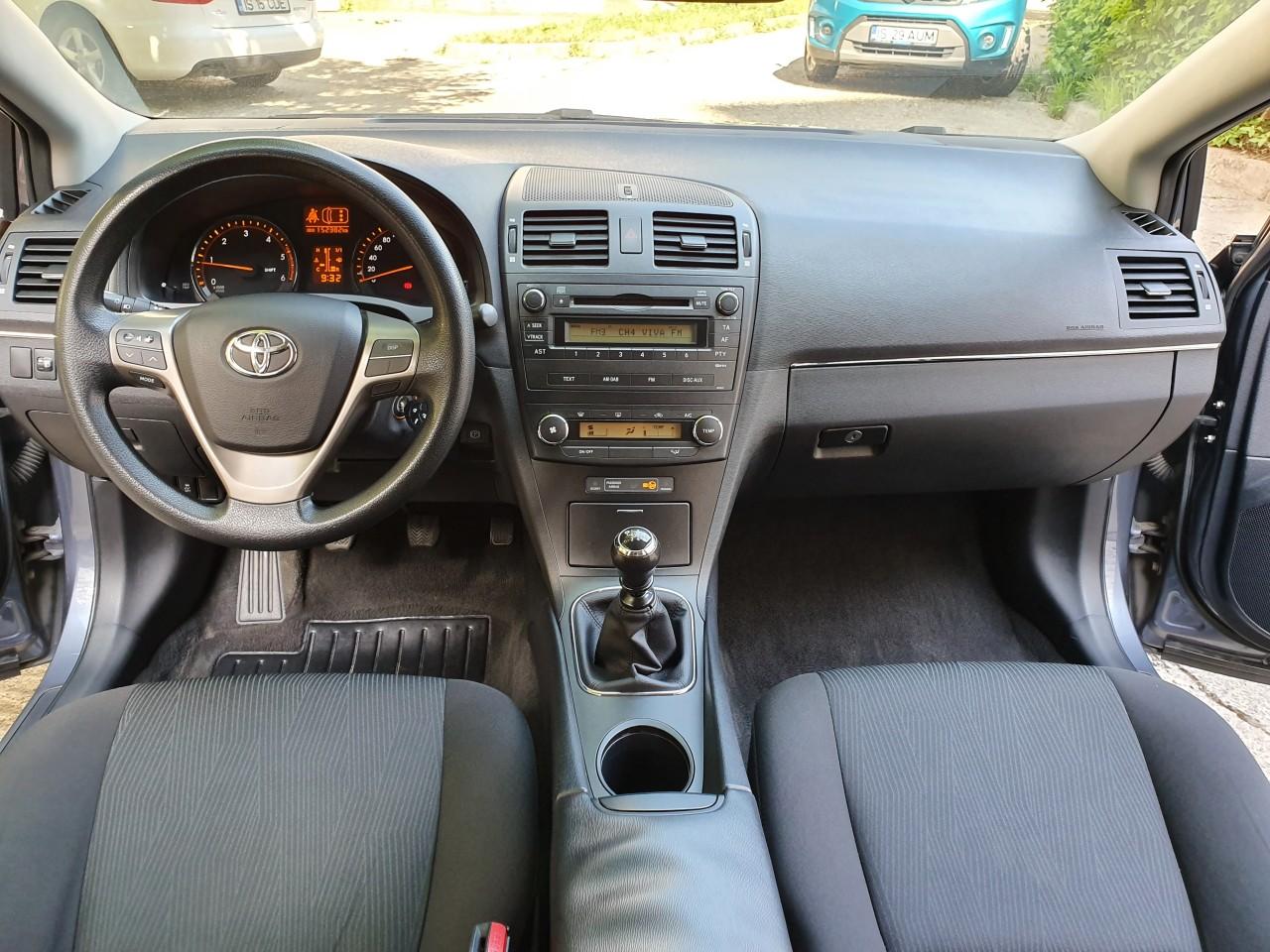 Toyota Avensis Executive 2.0 D4D 136 cp 6+1 trepte 2009