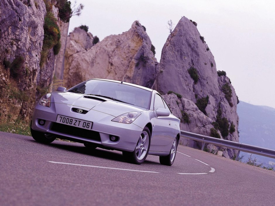 Toyota Celica si MR2