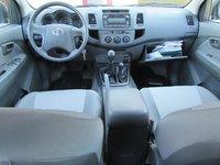 Toyota Hilux Double Cab Comfort 2.5 D-4D 144 CP 4WD 2014