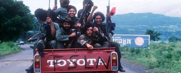 Toyota Hilux - masina preferata de trupele de gherila din toata lumea