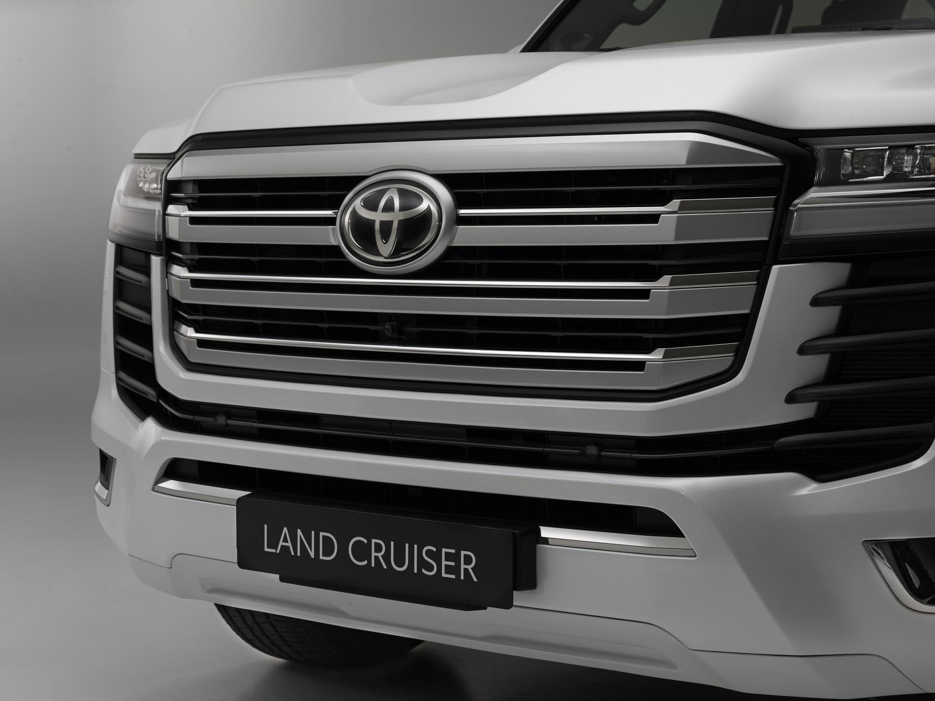 Toyota Land Cruiser 300 - Toyota Land Cruiser 300