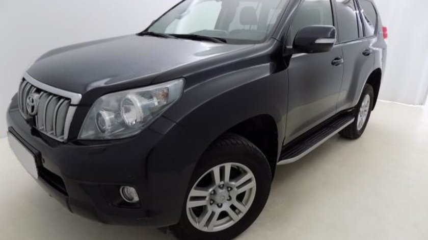 Toyota Land Cruiser Luxury AVS 3.0 Turbo D-4D 190 CP 60th Anniversary 4X4 automatic 5+1 2012