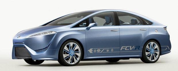 Toyota lanseaza un model electric cu o autonomie de peste 480 de km