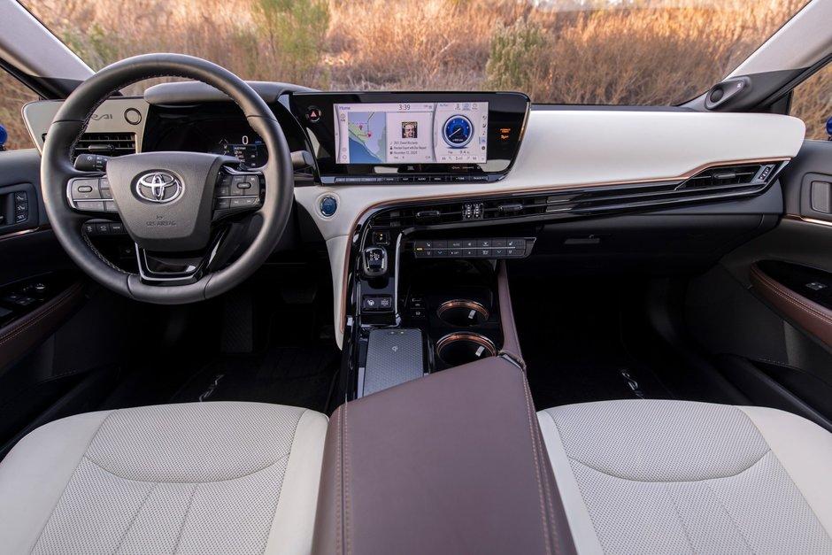 Toyota Mirai - Poze noi