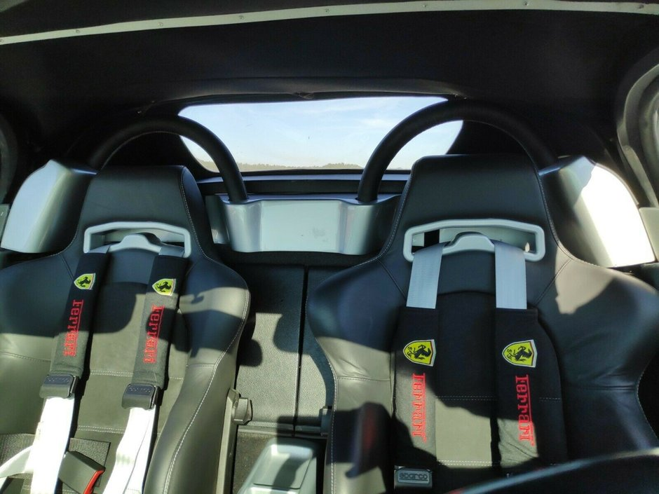 Toyota MR2 transformata in Ferrari 360 Spider