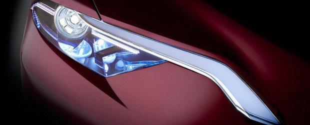 Toyota prezinta noul NS4 Plug-in Hybrid Concept