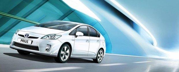 Toyota Prius este de 12 luni cel mai bine vandut model din Japonia