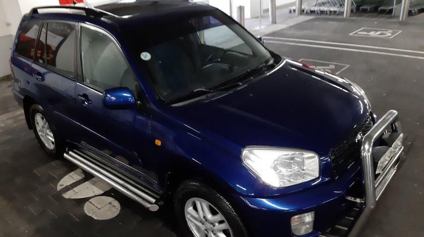 Toyota RAV-4 VVTI 2001
