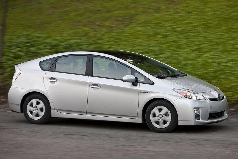 Toyota recheama in service aproape 700.000 de masini in Statele Unite