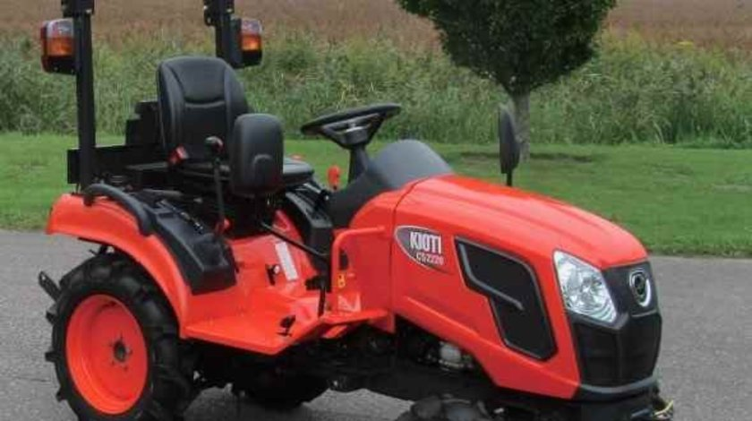 Tractor nou, 4x4 de 21CP,Model Kioti CS2220 Mec sau Hidrostatic