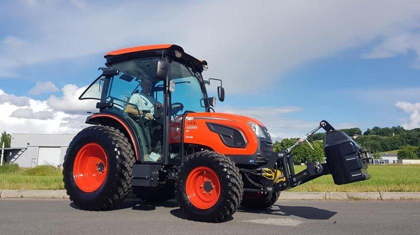 Tractor nou, 4x4 de 60CP Kioti DK6010C, Cabina Air Con.