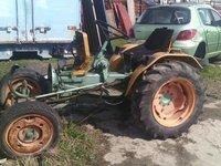 Tractoras motor nefunctional