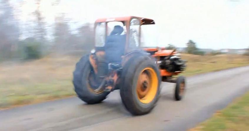Tractorul turbo cu motor de Volvo face din agricultura, o adevarata placere!