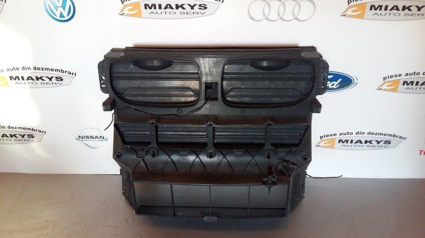 Trager cu clapete (panou frontal) BMW X6 E71