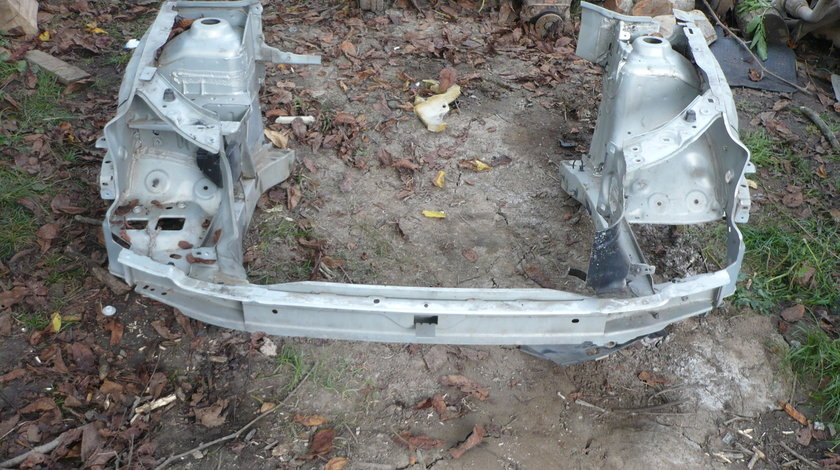 Trager Fata Armatura Bara Renault Clio 2 2002 2008 Gri Metalizat