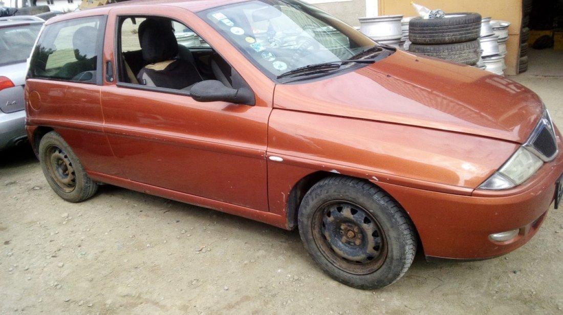 Trager Lancia Y 2000 Hatchback 1.2
