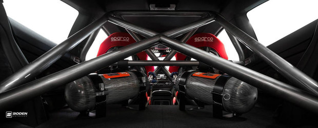 Transformarea unui BMW M4 Coupe in masina de curse... cu NOS