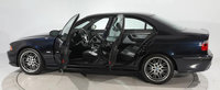 Tranzactia care a depasit toate asteptarile: un BMW M5 din 2003 s-a vandut zilele trecute cu 200.000 de dolari!