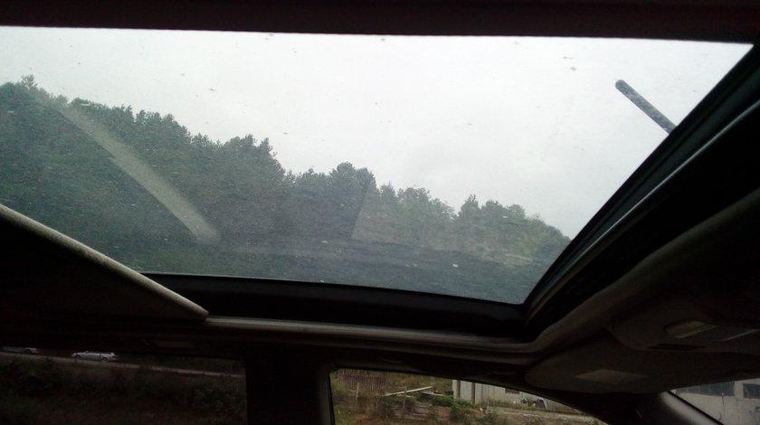 Trapa panoraminca Nissan X-Trail 2005
