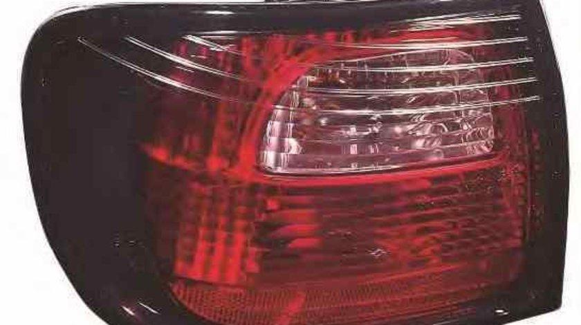 Tripla Lampa spate NISSAN PRIMERA P11 LORO 215-19F1R-AE