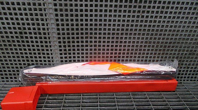 TRIUNGHI REFLECTORIZANT BMW SERIA 5 E 60 --- (2007 - 2010)