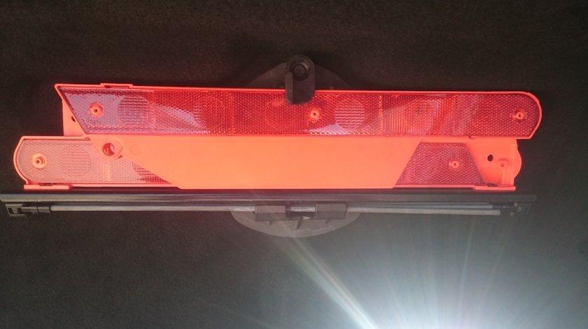 Triunghi reflectorizant Original Mercedes E220 cdi w211