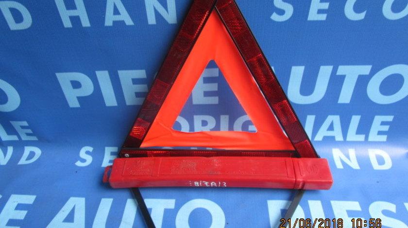 Triunghi reflectorizant Seat Ibiza