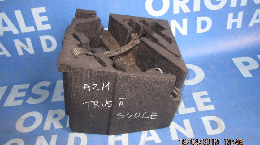 Trusa scule Audi A2; 8Z0012109