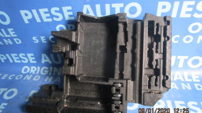 Trusa scule BMW E83 X3 2009; 3454821