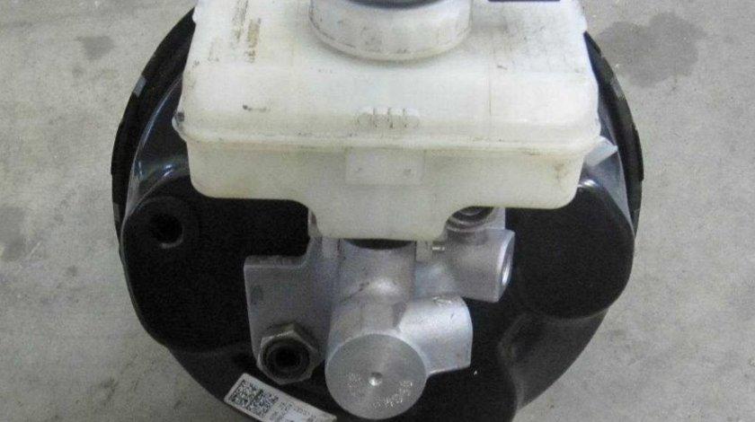 Tulumba servofrana + pompa frana + vas Audi Q5 8R 2012 3.0 TDI cod: 8R0612103D volan pe stanga