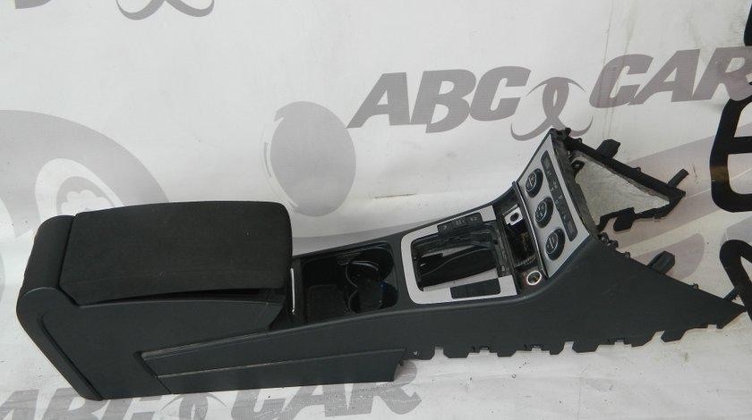 Tunel cu cotiera VW Passat B6 Variant