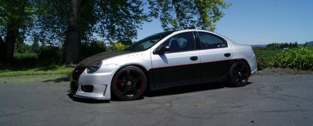 Tuning fara limite: Dodge Neon SRT-4 by Charlie Lewis