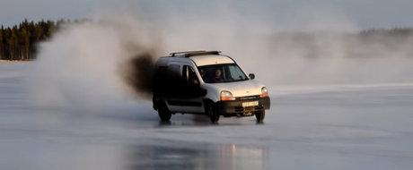 Tuning mai nebun ca asta nu ai vazut: Renault Kangoo cu motor de Mercedes si 500 de cai putere