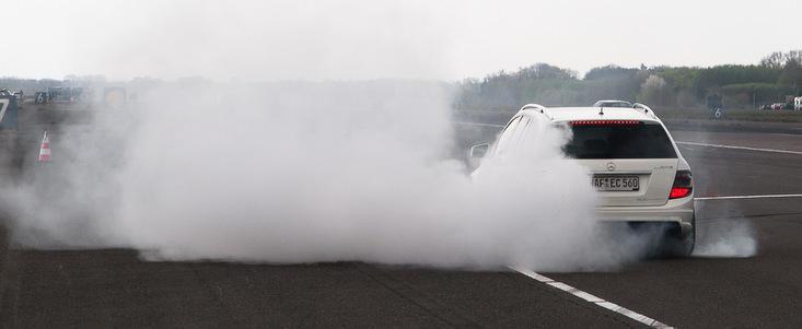 Tuning Mercedes: Edo 'arunca' vechiul C63 AMG Estate in lumea supercarurilor