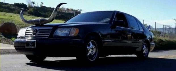 Tuning Texan: Mercedes S500 cu coarne de prost gust si evacuari de camion!