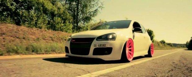 Tuning Volkswagen: un Golf V GTI, Pinky Punky Stance