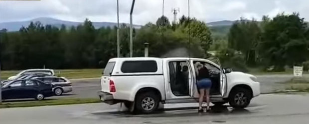 Uite cum trebuie de fapt sa iti speli masina! Ai facut-o gresit in tot acest timp