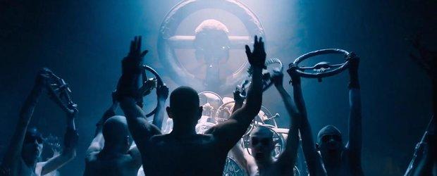 Ultimul trailer Mad Max Fury Road ne-a convins ca trebuie sa vedem filmul!