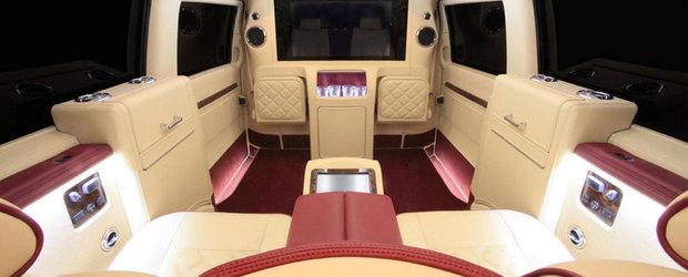 Un altfel de tuning: Mercedes Viano transformat in limuzina de mare lux