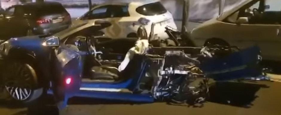 Un Audi R8 s-a rupt in doua dupa ce a lovit 13 masini. Politia a gasit motorul arzand la cativa metri de epava
