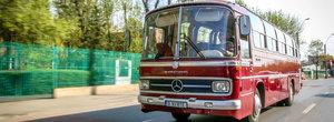 Un autocar Mercedes-Benz cu care mergeai in excursie pe vremea lui Ceausescu e de vanzare la un pret...