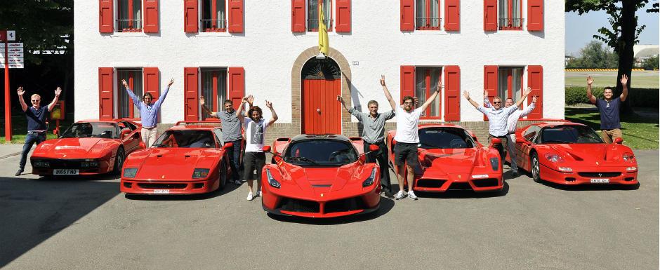 Un colectionar de Ferrari si cele 5 masini rosii ale sale