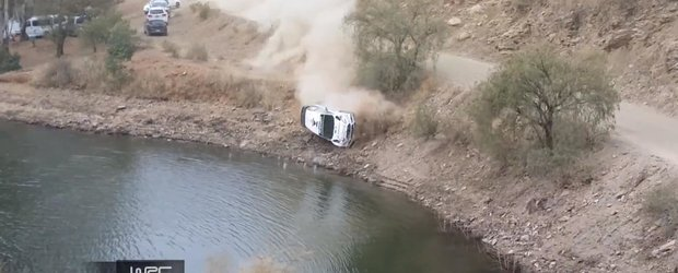 Un Ford Fiesta de WRC cade in lac si se scufunda intr-o etapa de raliu