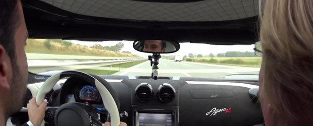 Un Koenigsegg Agera R si un Porsche 918 alearga pe autostrada cu 360 km/h!