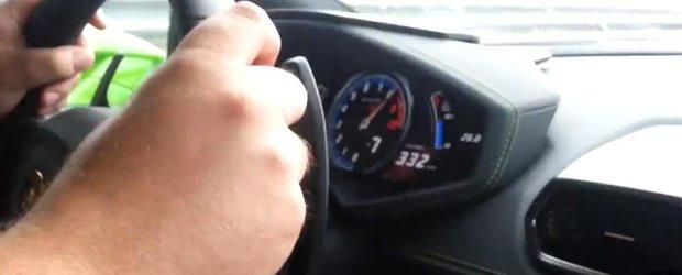 Un Lamborghini Huracan se face praf la 320 km/h pe autostrada in Ungaria