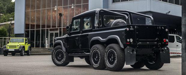 Un Land Rover cu punte dubla pe spate isi cauta un nou proprietar. Cat costa off-roaderul 6x6