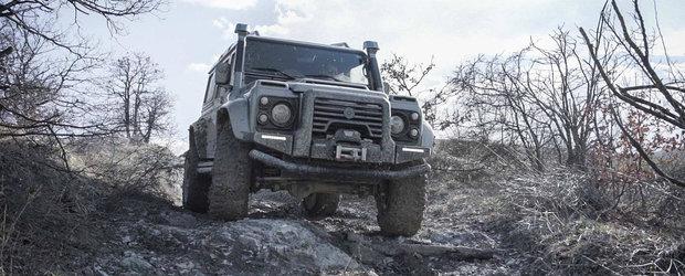 Un Land Rover DEFENDER cum n-ai mai vazut. Facut la comanda, cu multa fibra de carbon si un pret pe masura